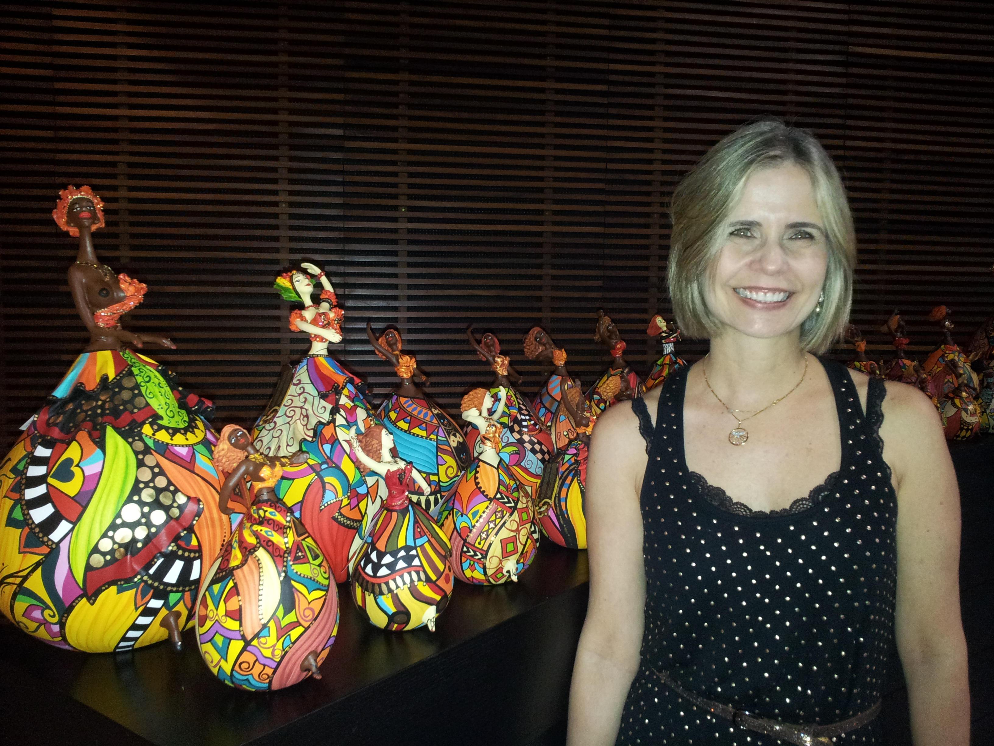 Letícia Baptista - A criadora das bailarinas de cabaça Bapis