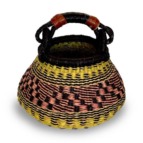 Cesta multicolorida africana