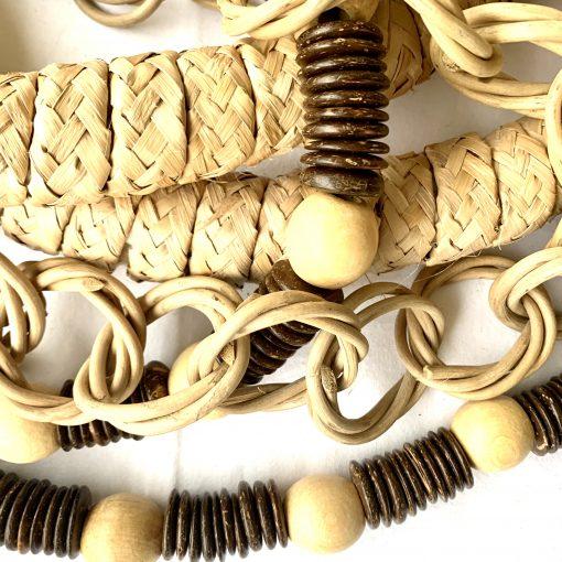 colar para mesa todo em fibras naturais